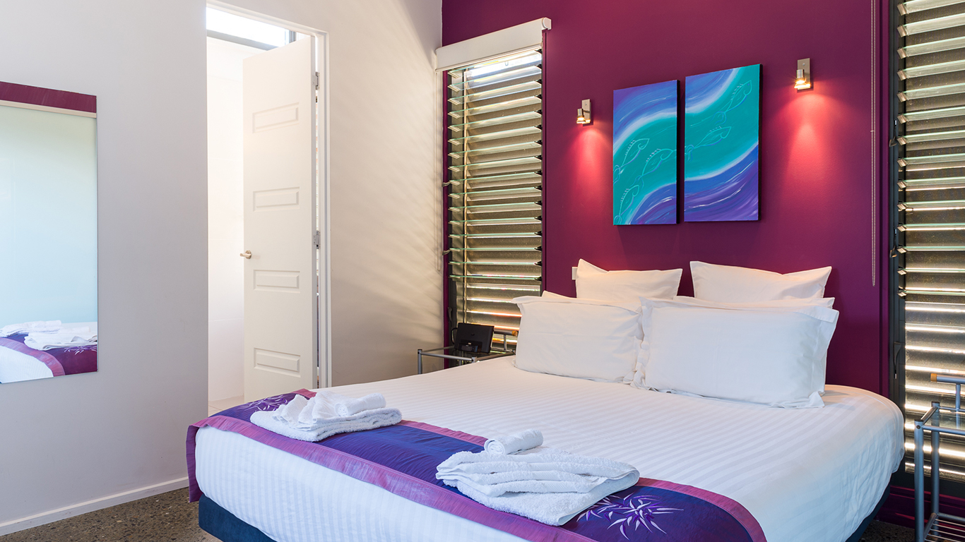 by-the-beach-bnb-sanctuary-point-bedroom-suite